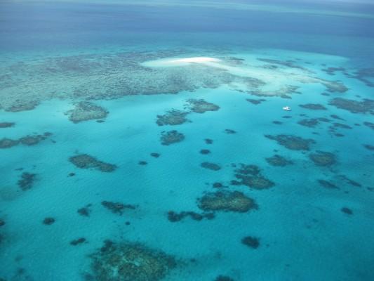 Great Barrier Reef aus dem Hubschrauber aufgenommen